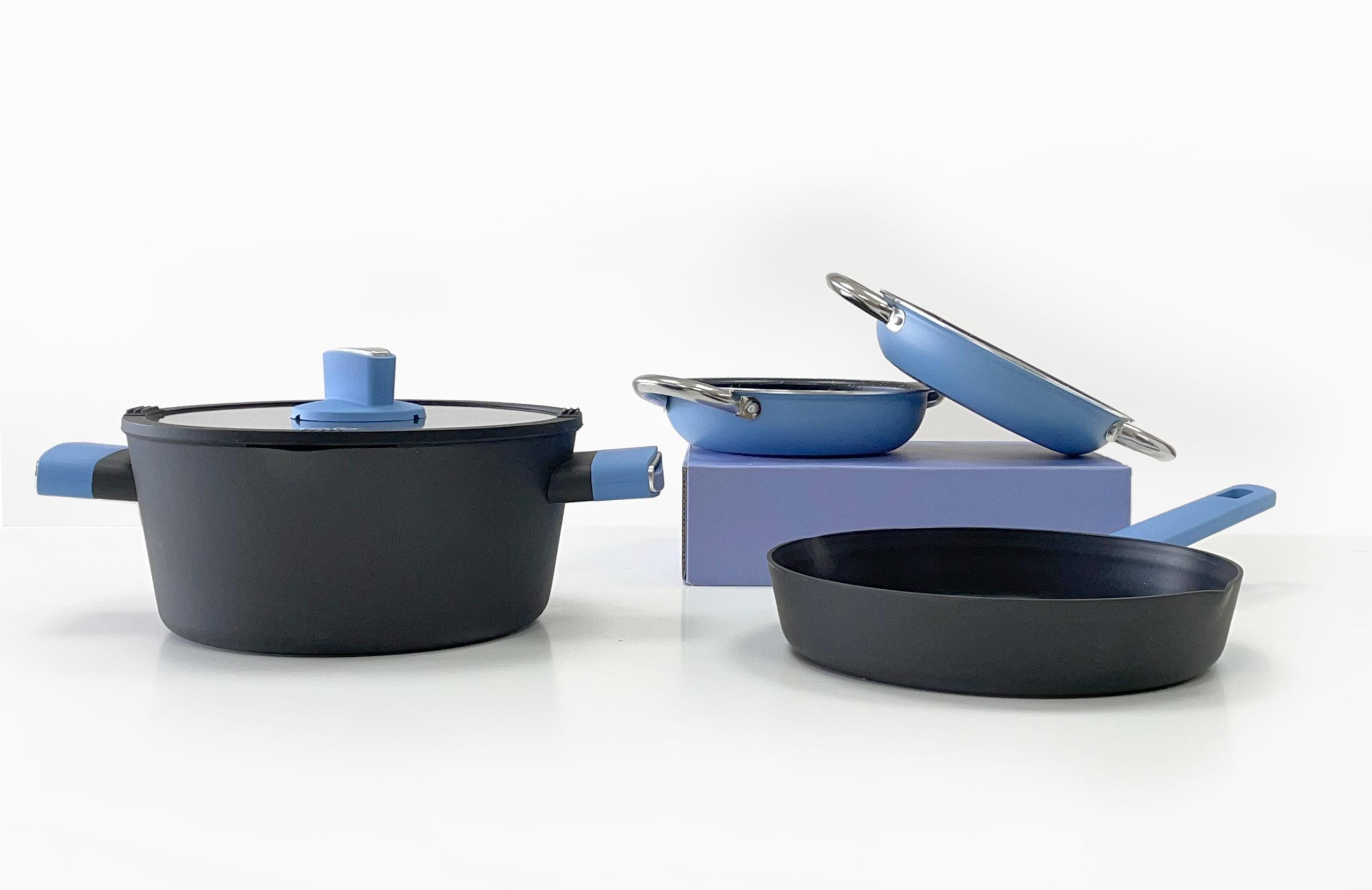 סט בישול הכולל 3 מחבתות וסיר Mood Collection Blue
